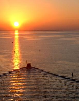 Shrimp Boat Into the Sunset, Port St. Joe, Florida, USA